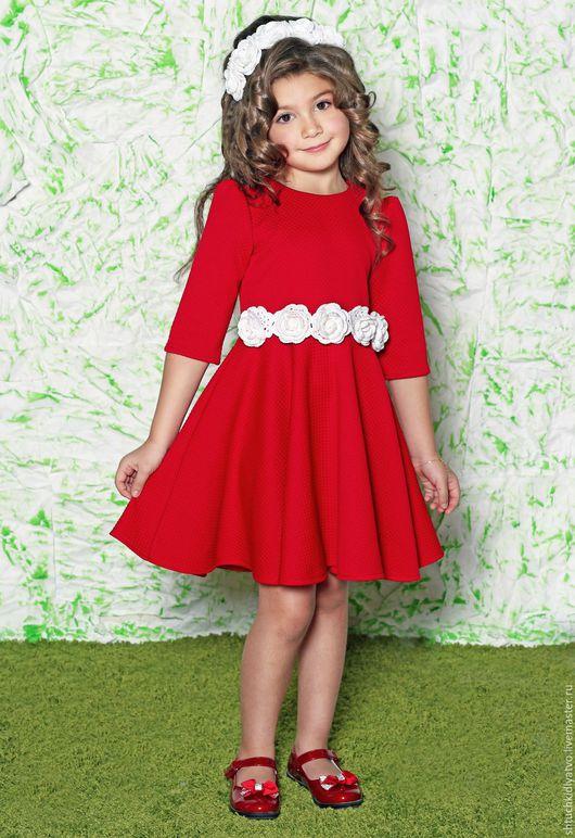 Одежда для девочек, ручной работы. Ярмарка Мастеров - ручная работа. Купить Платье красное с белыми розами. Handmade. Ярко-красный