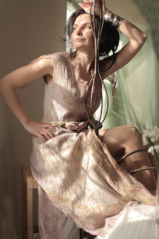 Платья ручной работы. Ярмарка Мастеров - ручная работа. Купить Wild Roses Dress. Handmade. Бледно-розовый, irena levkovich