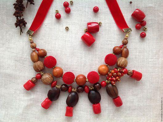 Колье, бусы ручной работы. Ярмарка Мастеров - ручная работа. Купить Red hot chili peppers. Колье из экзотических бусин и коралла. Handmade.