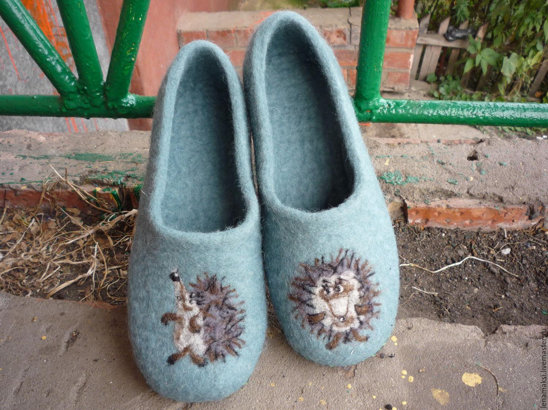 Handmade Shoes handmade. Livemaster - handmade. Buy Slippers 'Hedgehogs'.Green, slippers from wool
