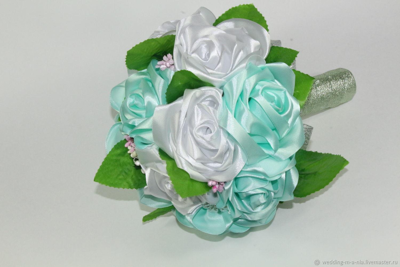 Букет из атласных лент купить в украине, голубых цветов