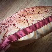 """Для дома и интерьера ручной работы. Ярмарка Мастеров - ручная работа подушка в ретро стиле """"Салон"""". Handmade."""