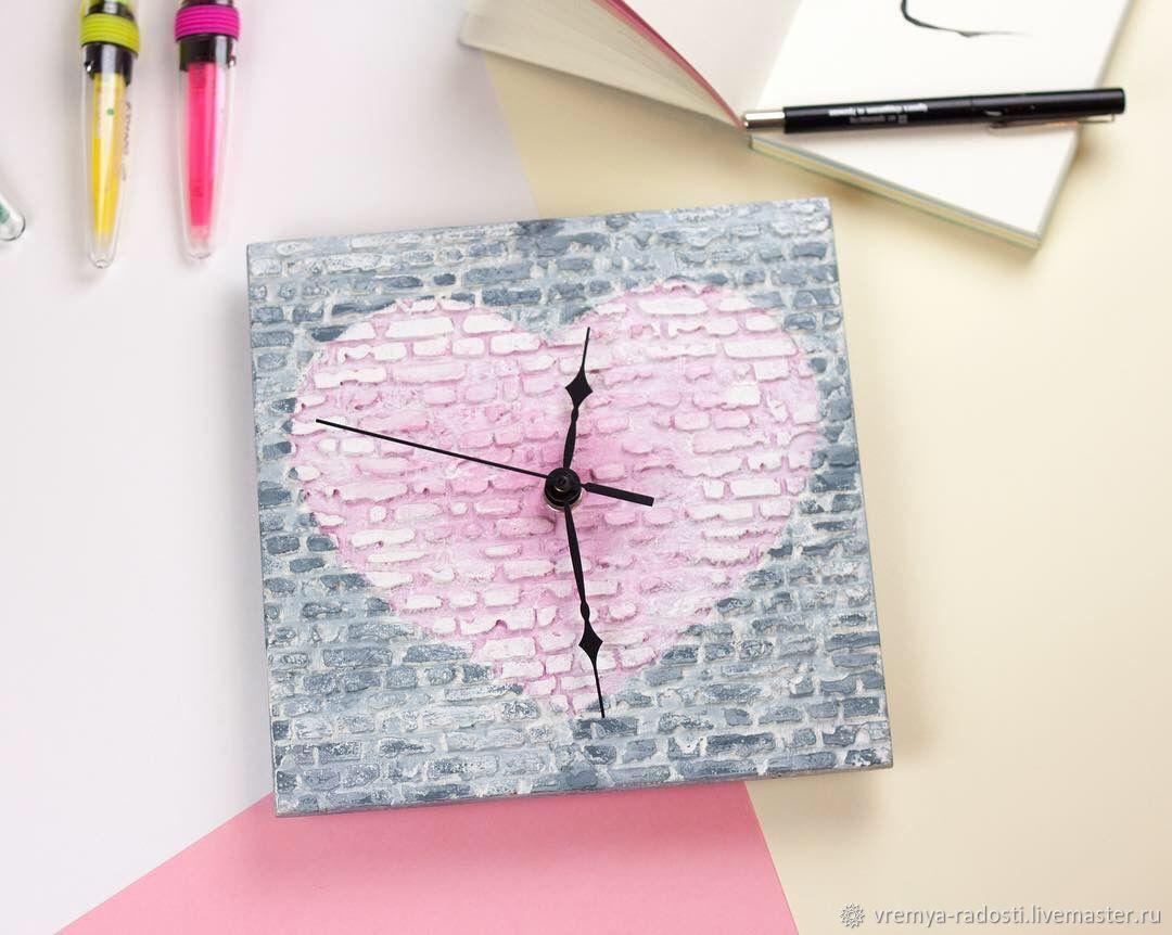 Настенные часы «Розовое сердце». Кирпичная стена, лофт, Часы, Москва, Фото №1