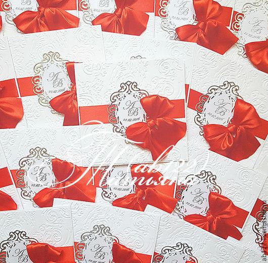 Свадебные аксессуары ручной работы. Ярмарка Мастеров - ручная работа. Купить Приглашения с бантом красное с серебром. Handmade. Ярко-красный