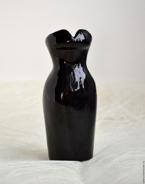 Вазочка Маленькое черное платье