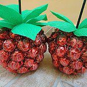 Сувениры и подарки ручной работы. Ярмарка Мастеров - ручная работа Малинка из конфет. Handmade.