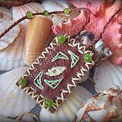 Украшения ручной работы. Ярмарка Мастеров - ручная работа Бохо кулон из натуральной кожи с вышивкой и натуральными камнями. Handmade.