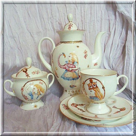 """Сервизы, чайные пары ручной работы. Ярмарка Мастеров - ручная работа. Купить Кофейный сервиз """"Алиса в стране чудес"""". Handmade."""