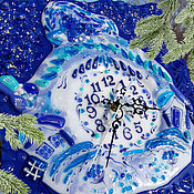 Для дома и интерьера handmade. Livemaster - original item Wall clock made of glass. Russian winter. Folk art. Fusing.. Handmade.