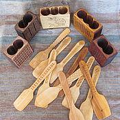 Для дома и интерьера ручной работы. Ярмарка Мастеров - ручная работа Набор: подставка и лопаточки для кухни. Handmade.