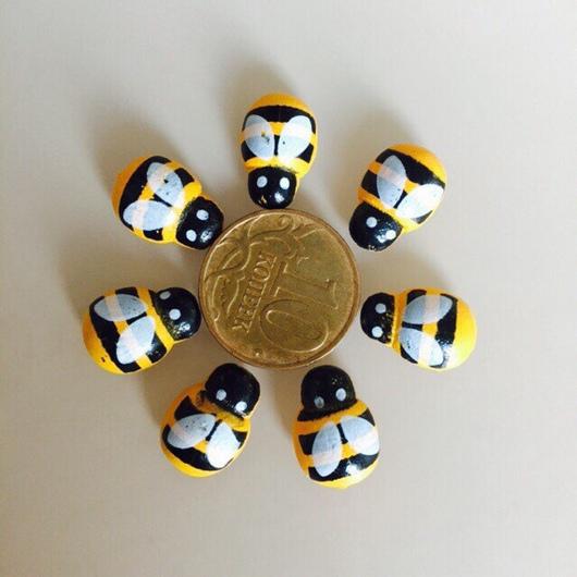 Другие виды рукоделия ручной работы. Ярмарка Мастеров - ручная работа. Купить Пчелки. Handmade. Пчелки, деревянный декор, дерево