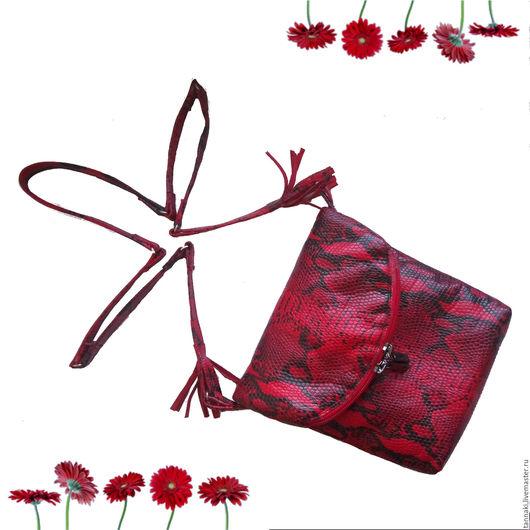 Женские сумки ручной работы. Ярмарка Мастеров - ручная работа. Купить Маленькая сумочка из кожи питона. Handmade. Ярко-красный