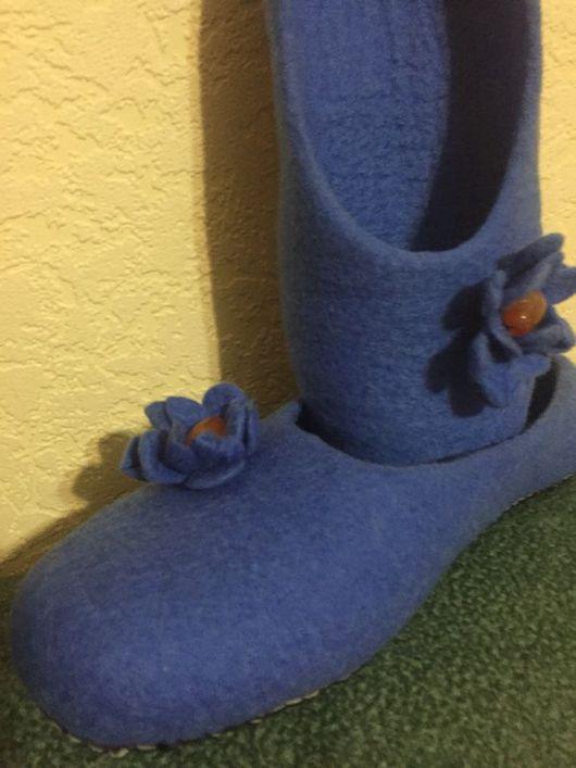 Обувь ручной работы. Ярмарка Мастеров - ручная работа. Купить Тапочки валяные ФИАЛКА. Handmade. Обувь ручной работы