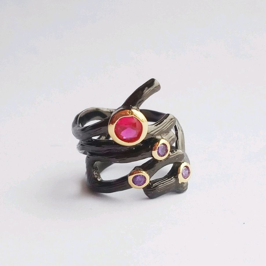 18R. Black twisted ring with corundum and amethysts, black and gold, Rings, Kaluga,  Фото №1