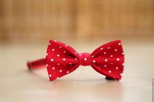 Галстуки, бабочки ручной работы. Ярмарка Мастеров - ручная работа. Купить Бабочка красная в мелкий горошек детская/взрослая. Handmade.