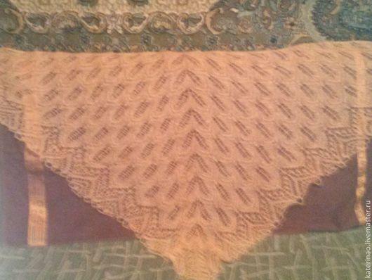 """Шали, палантины ручной работы. Ярмарка Мастеров - ручная работа. Купить Шаль """"Танцующие листья"""". Handmade. Оранжевый, шаль спицами"""