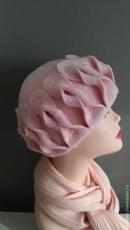 Персиковая шапочка размер 57-58