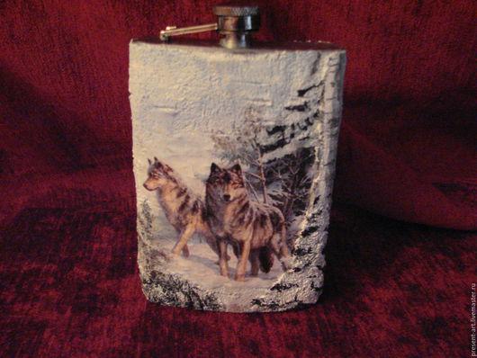 """Подарки для мужчин, ручной работы. Ярмарка Мастеров - ручная работа. Купить Фляга """"Волки"""". Handmade. Комбинированный, фляжка декупаж"""