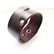 Украшения handmade. Livemaster - original item Brown genuine leather unisex bracelet with rivets. Handmade.