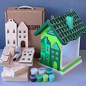 """Для дома и интерьера ручной работы. Ярмарка Мастеров - ручная работа Кормушка для птиц """"ДОМИКИ"""" (набор для сборки) зеленая. Handmade."""