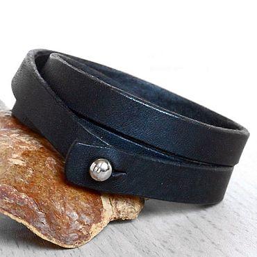 Украшения ручной работы. Ярмарка Мастеров - ручная работа Черный кожаный браслет в три оборота. Handmade.