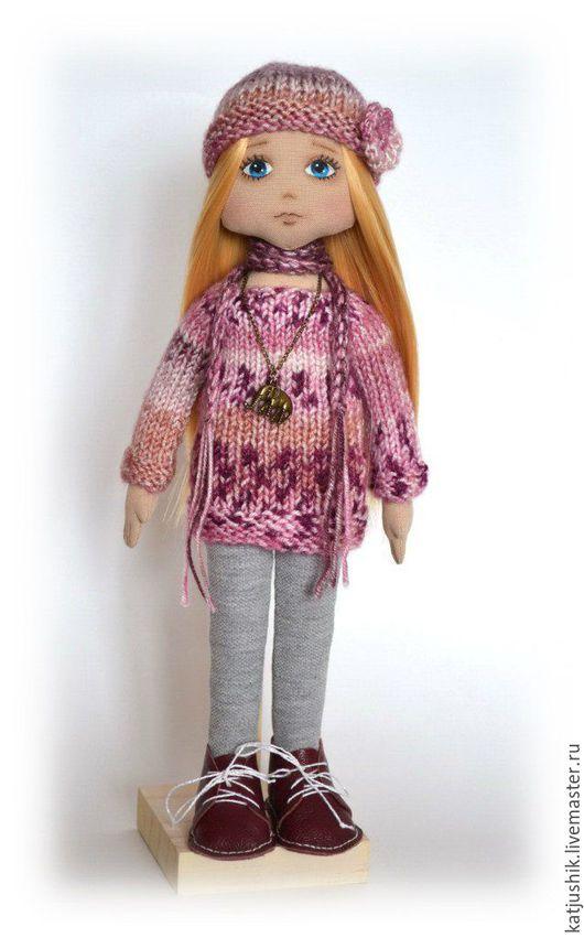 Коллекционные куклы ручной работы. Интерьерная кукла. Авторская кукла. В розово - серой гамме Кукла ручной работы. Купить Кукла для интерьера, кукла для девушки,кукла из ткани текстильная кукла, кукла в подарок, кукла для украшения дома, игровая кукла, меланж, вязаный наряд