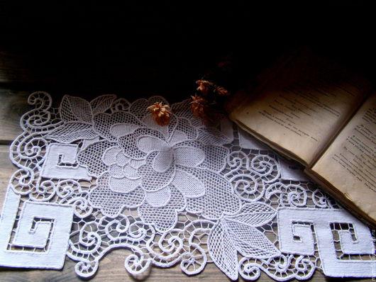 """Текстиль, ковры ручной работы. Ярмарка Мастеров - ручная работа. Купить Кружевная дорожка """" Белые пионы"""". Handmade. Белый"""