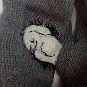 Аксессуары ручной работы. Ярмарка Мастеров - ручная работа Варежки с зайчиком на ладошке. Handmade.