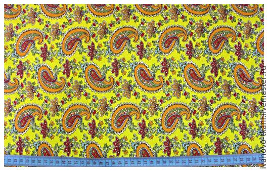 Яркий актуальный рисунок пейсли в ярко-желтом, сочном цвете.Минимальный метраж заказа от 1м.