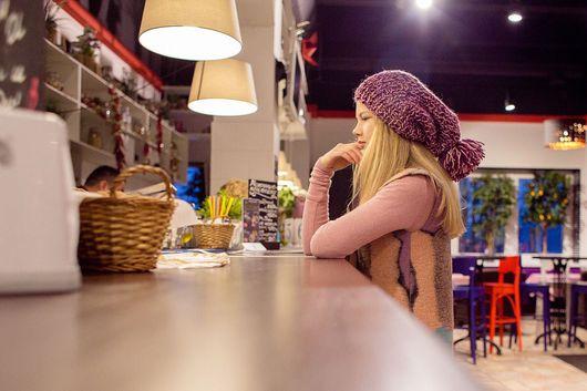 Шапки ручной работы. Ярмарка Мастеров - ручная работа. Купить Меланжевая шапка с помпоном. Handmade. Комбинированный, шапка зимняя, помпон