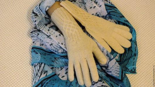 Варежки, митенки, перчатки ручной работы. Ярмарка Мастеров - ручная работа. Купить Перчатки вязаные белые. Handmade. Белый, подарок