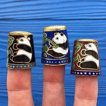 Винтаж ручной работы. Ярмарка Мастеров - ручная работа Комплект или поштучно Коллекционные наперстки клуазоне с пандами. Handmade.
