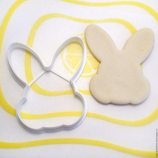 Заяц. Вырубка-штамп для пряников, мастики, поделок из соленого теста. Образец вырубки на из соленого теста.
