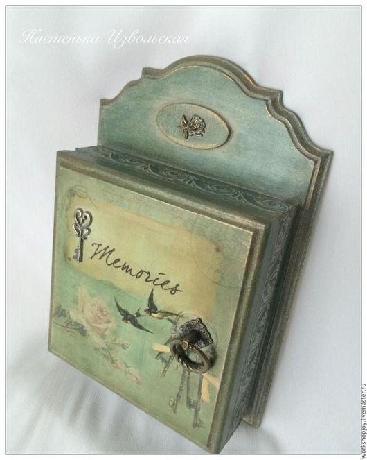 """Прихожая ручной работы. Ярмарка Мастеров - ручная работа. Купить Ключница. """"Memories"""".. Handmade. Тёмно-зелёный, ключница деревянная"""