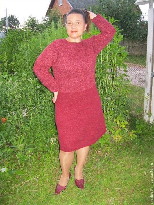платье для примера без узора но с комбинированием пряжи