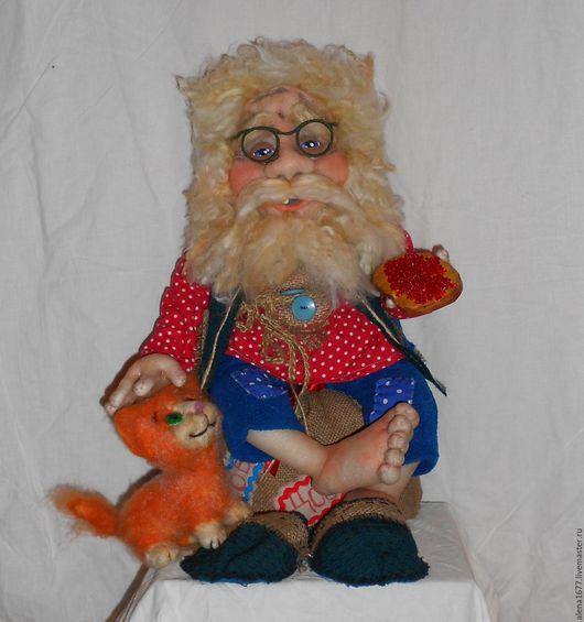Сказочные персонажи ручной работы. Ярмарка Мастеров - ручная работа. Купить Домовой с котом. Handmade. Ярко-красный, интерьерная кукла