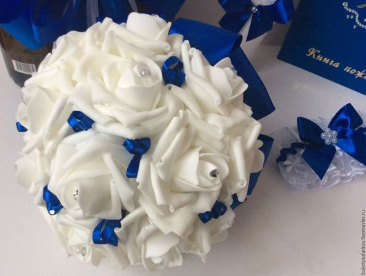 Свадебные цветы ручной работы. Ярмарка Мастеров - ручная работа. Купить Свадебный букет ( с лентами) повтор.. Handmade. Синий
