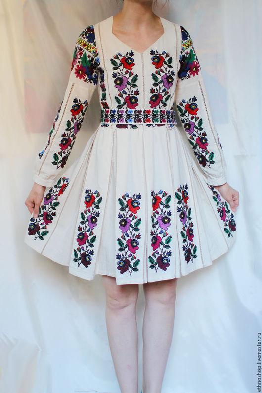 Этническая одежда ручной работы. Ярмарка Мастеров - ручная работа. Купить Вышитое этническое платье. Handmade. Бежевый, народное платье