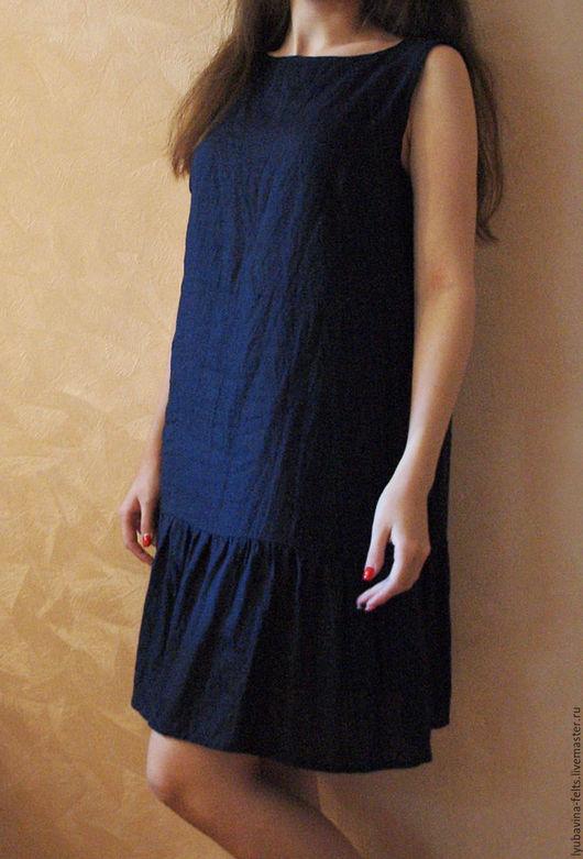 Платья ручной работы. Ярмарка Мастеров - ручная работа. Купить Платье из льна темно-синее Арт.09, с оборкой без рукава. Handmade.