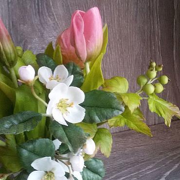 Цветы и флористика ручной работы. Ярмарка Мастеров - ручная работа Цветочная композиция из полимерной глины Тюльпаны. Handmade.