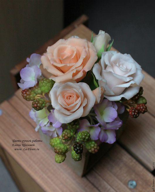 Интерьерные композиции ручной работы. Ярмарка Мастеров - ручная работа. Купить Вкус лета (розы, гортензия, ежевика). Handmade.
