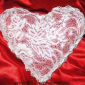 """Для дома и интерьера ручной работы. Ярмарка Мастеров - ручная работа Подушка """"ажурное сердце"""". Handmade."""