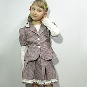 Костюм из легкого жакета и юбки для девочки из плотного хлопка
