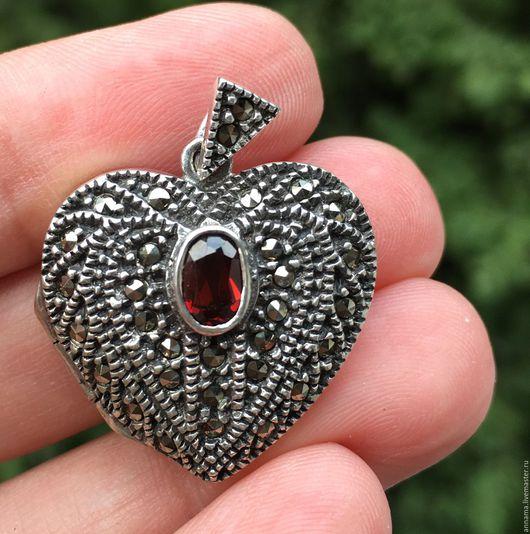 Для украшений ручной работы. Ярмарка Мастеров - ручная работа. Купить Медальон Винтажное сердце с гранатом серебро 925 марказиты. Handmade.