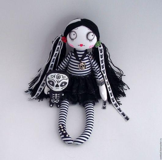 Коллекционные куклы ручной работы. Ярмарка Мастеров - ручная работа. Купить Готическая кукла Эва. Handmade. Черный, текстильная кукла