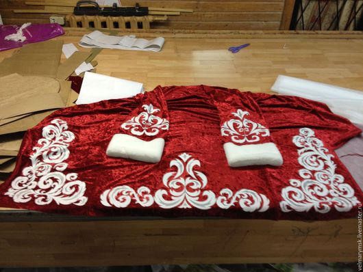 Аппликации, вставки, отделка ручной работы. Ярмарка Мастеров - ручная работа. Купить Для костюма Деда мороза №1 термотрансфер. Handmade.