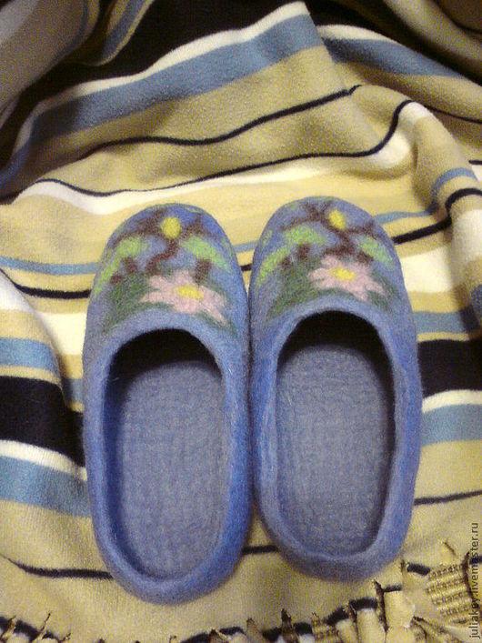 Обувь ручной работы. Ярмарка Мастеров - ручная работа. Купить тапочки валяные  Совершенство природы. Handmade. Голубой, цветочный
