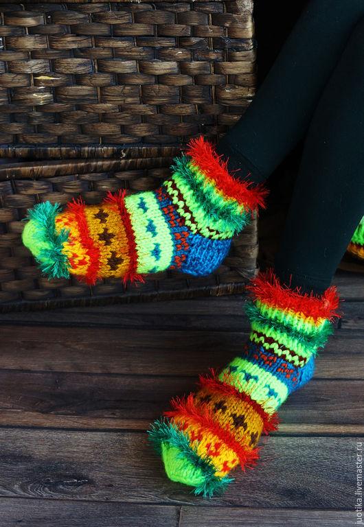 Семейный комплект носков Неоновый свет Размеры: Женские - 25, высота манжета 5 см. 37 р-р (13 долл) Детские - 20, высота манжета 4 см. (10 долл)