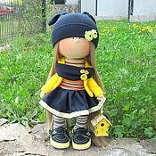 Куклы и игрушки ручной работы. Ярмарка Мастеров - ручная работа Кукла интерьерная Интерьерная кукла Девочка с жёлтым скворечником. Handmade.