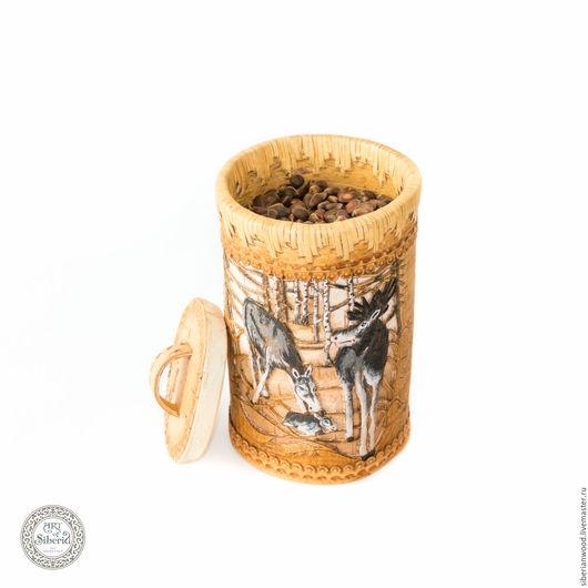 Конфетницы, сахарницы ручной работы. Ярмарка Мастеров - ручная работа. Купить Туесок Лоси + орехи Береста с крышкой и с кедровым орехом #BO3. Handmade.